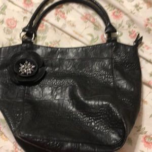 Super cute shoulder bag - gently used!